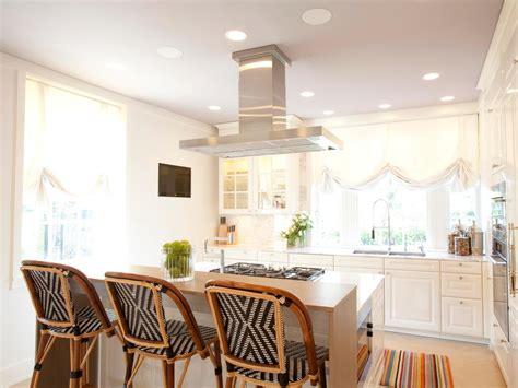 kitchen islands  seating pictures ideas  hgtv