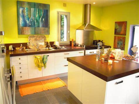 moutarde blanche en cuisine decoration cuisine jaune orange