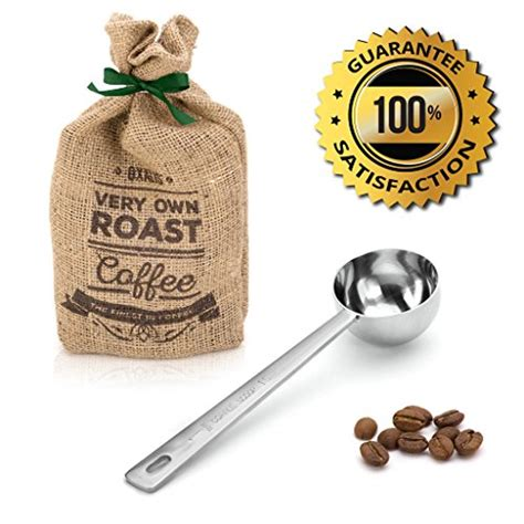 A level coffee scoop should hold two tablespoons of coffee, which is approximately 10 grams or 0.36 ounces. 13 Great Coffee Measuring Cups 2019