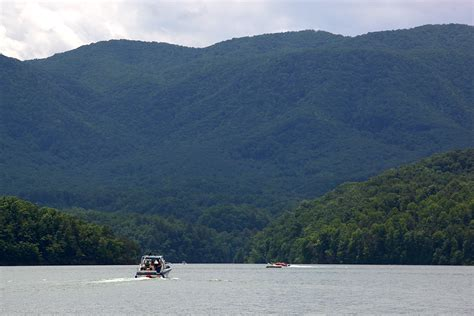 Carefree Boating by South Holston Lake East Tennessee Carefree Boater