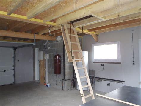 pose d un solivage plancher bois multipli et d un escalier escamotable dans un garage hazo