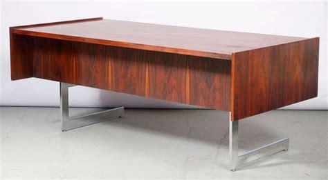 milo baughman rosewood desk milo baughman executive rosewood desk at 1stdibs