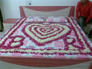 Image of: Photo Gallery Florist Ahmedabad Flower Decoration Wedding Ahmedabad Guide To Decorate A Wedding With Indian Wedding Decorations