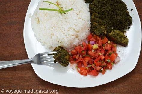 cuisine manioc ragout au manioc avec du porc henakisoa sy ravitoto