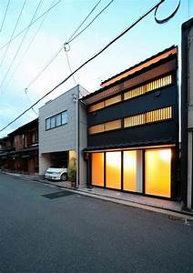 Stylish Small Town House in Japan