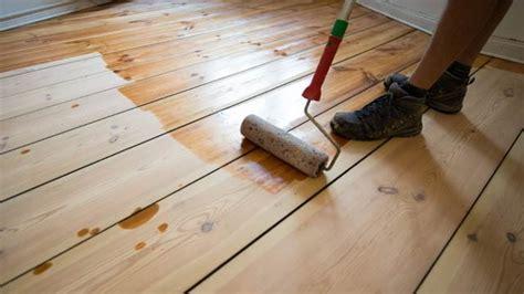 dielenboden aufarbeiten tipps fuers schleifen und pflegen