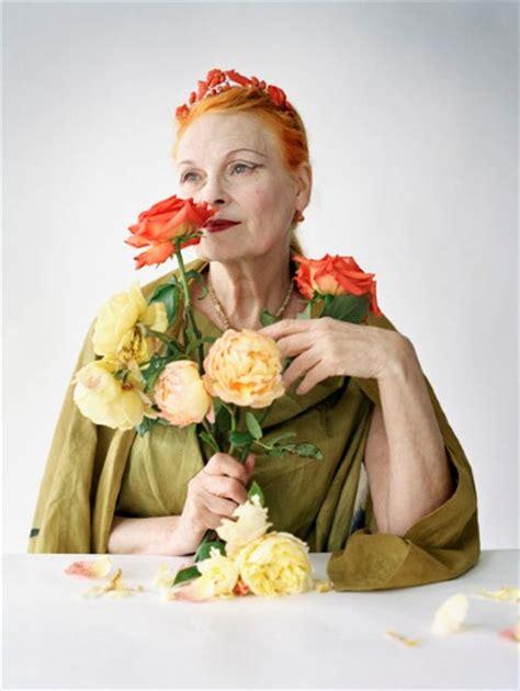 Tim Walker Thrilling Fashion Photographs Show