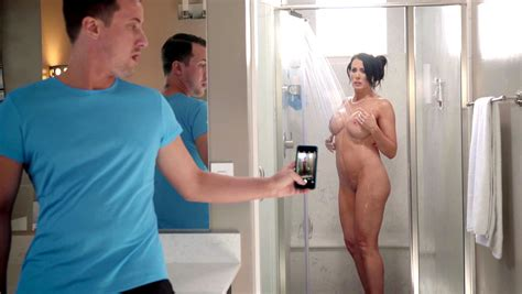 sexy ass mom caught naked and fingering while alone in the shower xxx femefun