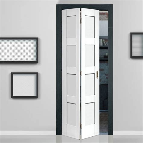 pictures of black and white bathrooms ideas shaker white primed 4 panel bifold door shaker style