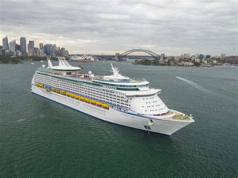Australiau0026#39;s Two Biggest Cruise Ships | IEyeNews