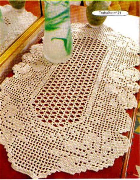 napperon au filet ovale avec fleurs 1 toutes les grilles grilles gratuites point de