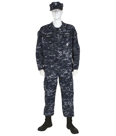 A Fursuit Wearing Nwus (us Navy Camo). Opinions?