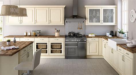 cuisine authentique osez la couleur pour votre cuisine