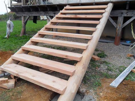 faire escalier exterieur bois concept moderne escalier bois escalier bois exterieur en kit
