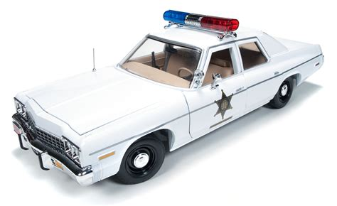1 18 police car with 1 18 scale rosco police car 1975 dodge monaco quot dukes of