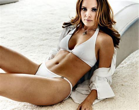 actress emma caulfield picture of emma caulfield