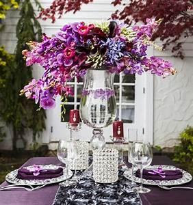 Tisch Blumen Hochzeit : tischdeko zur hochzeit in lila farbe 34 bilder ~ Orissabook.com Haus und Dekorationen