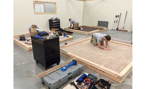 cfi certified flooring installers new cfi facility graduates class 2016 03
