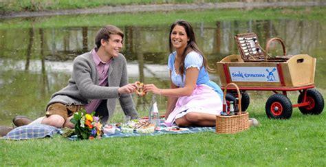 münchen gourmet englischer garten picknick in m 252 nchen st emmeramsm 252 hle vermietet picknick