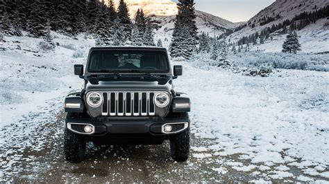 2018 Jeep Wrangler Unlimited Sahara Wallpaper