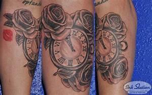 Rosen Tattoo Schulter : rosen taschenuhr tattoo unterarm ink station ~ Frokenaadalensverden.com Haus und Dekorationen
