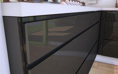 une cuisine design sans poign 233 e cuisines rema