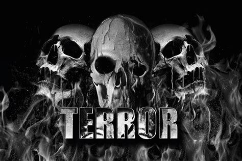 Terror Banner Melting Skulls (860010050) Banner - Rigeshop