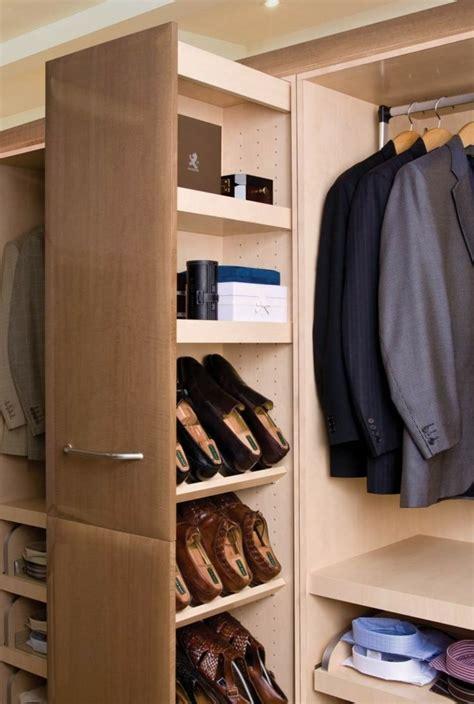 Ikea Aufbewahrung Schuhe by Apothekerschrank Im Schrankzimmer Zur Aufbewahrung