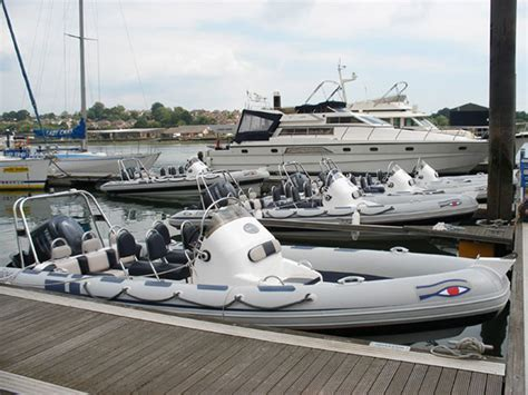 How Much Do Pioneer Boats Cost by Want To Try Powerboating Boats