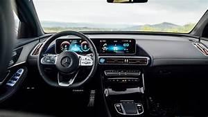 Mercedes-Benz EQC 400 4MATIC AMG Line 2019 4K Interior