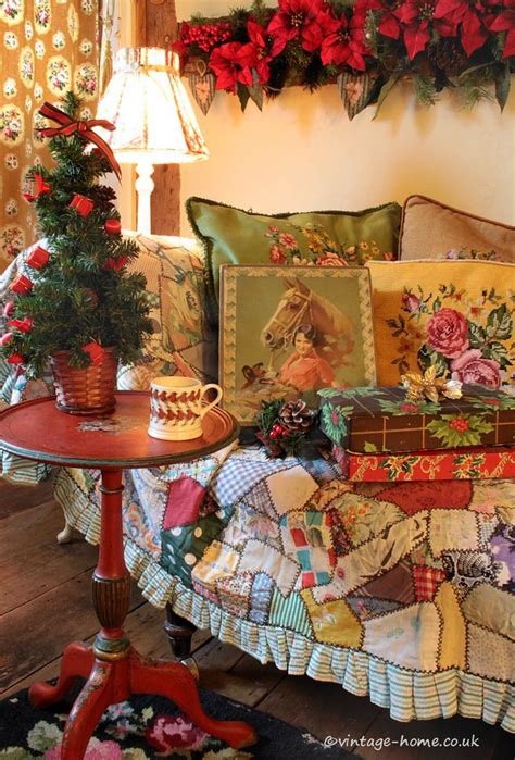 bungalow christmas house 1000 ideas about cottage on