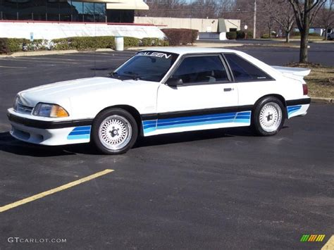 1988 Oxford White Ford Mustang Saleen Hatchback #27113512