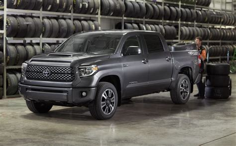 2018 Toyota Tundra Gets A Mild Facelift And A Trd Sport