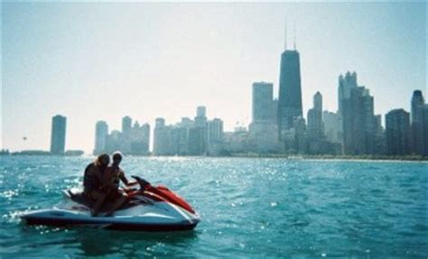 Boat Renting In Chicago by Things To Do On Lake Michigan In Chicago Jones