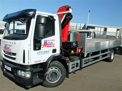 18 Tonne Lorry With Crane Hire