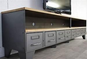 Style Industriel Ikea : meuble tv m tal industriel tiroirs et niche pour les appareils ~ Teatrodelosmanantiales.com Idées de Décoration