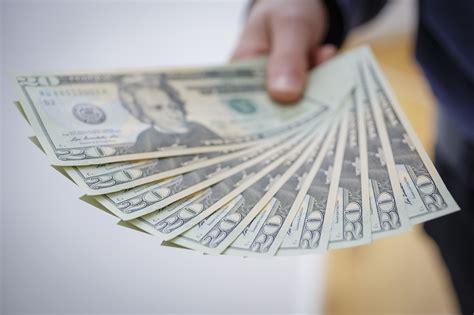 average ceo salary ratio soars  financial crisis levels