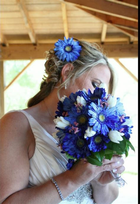 blue gerbera daisy bouquet wedding ideas pinterest gerbera daisy bouquet daisies bouquet