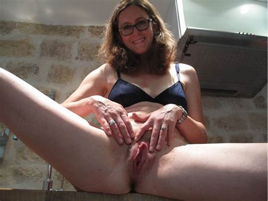 #Bottomless #Hairy #Milf #Pussy