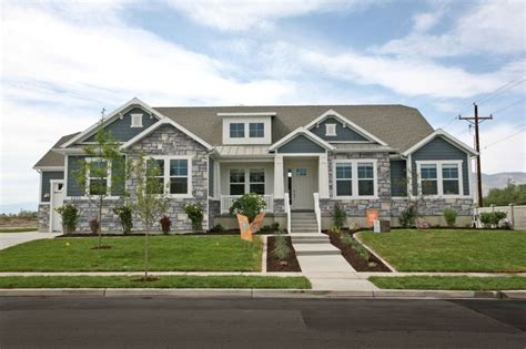 olivia    upscale rambler floor plan spacious   bedrooms  meet  familys