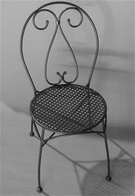 alfresco home parisian wrought iron bistro chair with