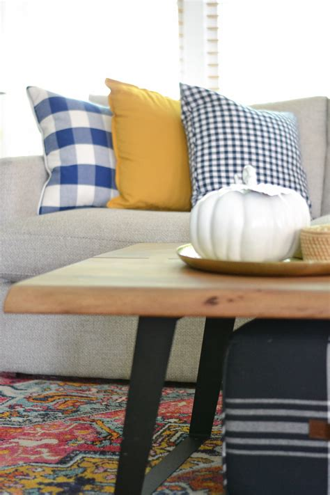 Decorating Ideas For Living Room With by Living Room Decorating Ideas For Fall Balancing Home