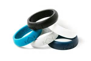 rubber wedding bands 5 pack silicone wedding rings for for active