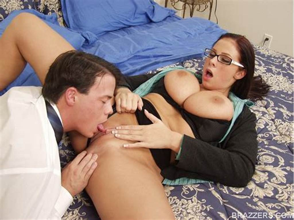 #Big #Titted #Babe #In #Glasses #Gianna #Michaels #Fucking #A #Huge