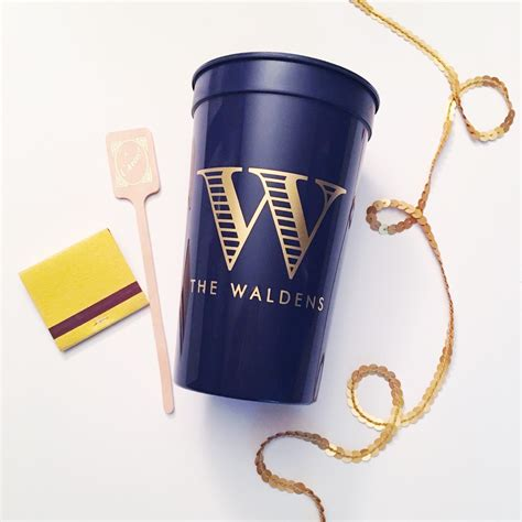 Plastic Cups for Wedding Favors   Giftwedding.co
