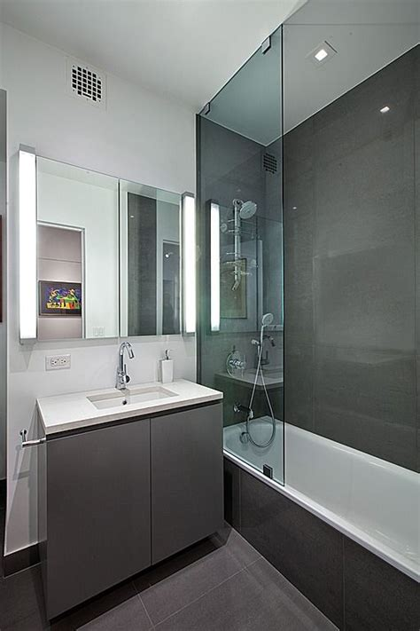 Modern Bathroom Zillow by Contemporary Bathroom Find More Amazing Designs On