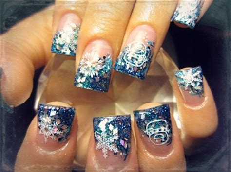attractive christmas   years eve nail art