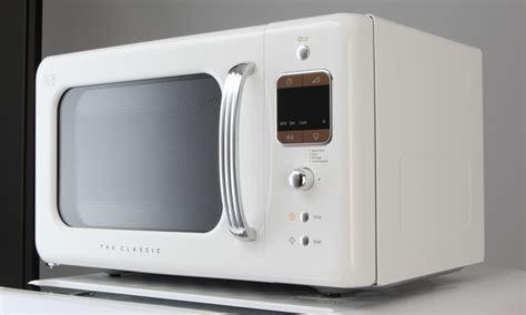 Daewoo 800W Retro Style Microwave   Groupon