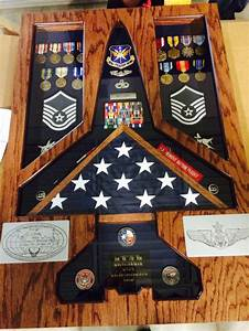 Military Shadow Box Woodworking Plans - WoodWorking