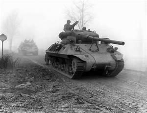 Those Who Hold Bastogne: Nuts! - Yale University Press ...